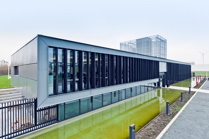 kantoorgebouw met magazijn TMVW, Brugge