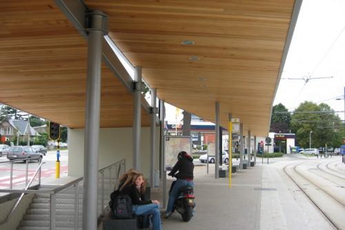 Onderstation en haltegebouw De Lijn Don Bosco Gent